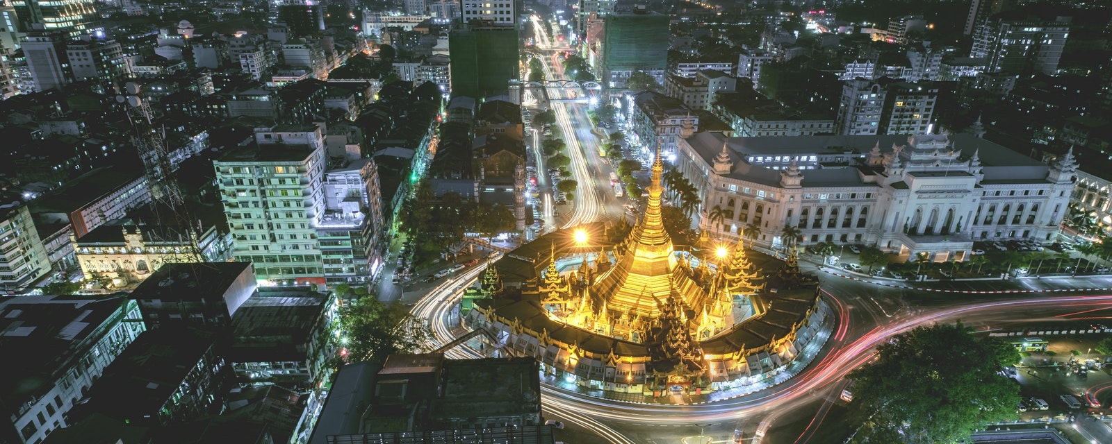 Night,Scape,Sule,Pagoda,Centre,Of,City,In,Yangon,,Myanmar,night