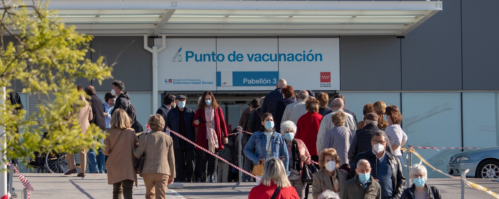 Madrid,,Spain;,April,17,2021:,Queue,Of,People,Waiting,To