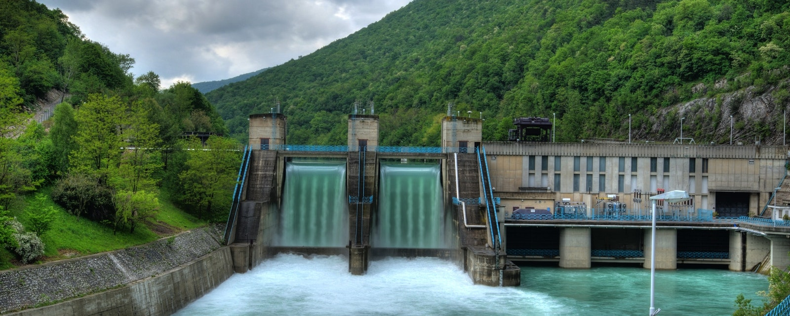 Hydro,Electric,Electricity,Power,Plant,-,Powerplant,Waterfall,Over,Dam