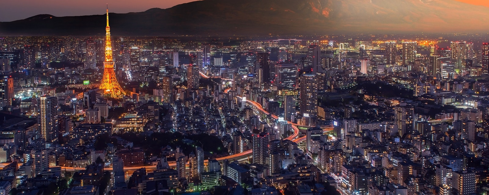 Retouch,Photo,Of,Tokyo,City,At,Twilight,With,Mt,Fuji